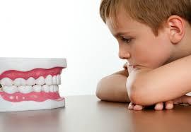 cara agar anak tidak takut ke dokter gigi