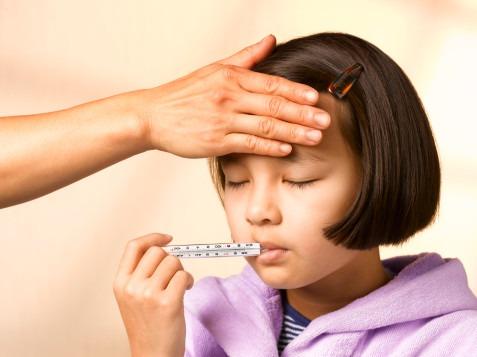 Sikecil tak kunjung sembuh dari flu & batuk? Lakukan cara alami ini!