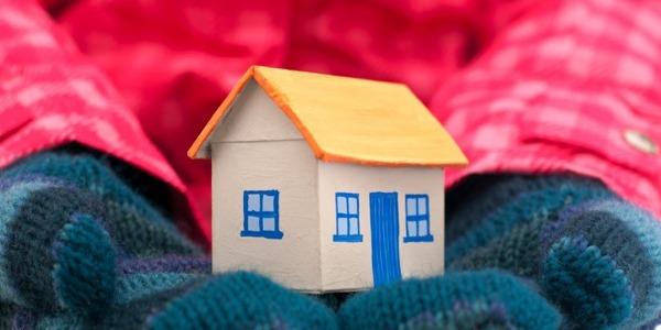 Datangnya musim hujan tak berarti suasana dalam rumah ikut dingin. 7 benda ini bisa menghangatkan rumah Anda