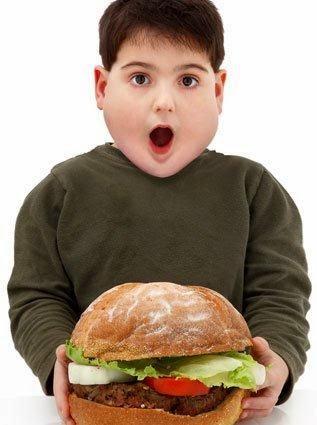 Sering makan junk food itu bahaya, yuk hentikan keinginan makan junk food dengan cara ini