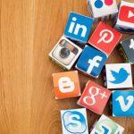 Ketagihan melihat media sosial?