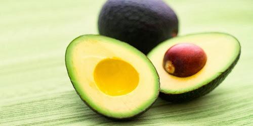 Jika kamu kebetulan suka makan buah, buah apa yang paling sering kamu makan?