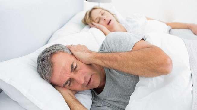 Tidur Mendengkur Karena Amandel
